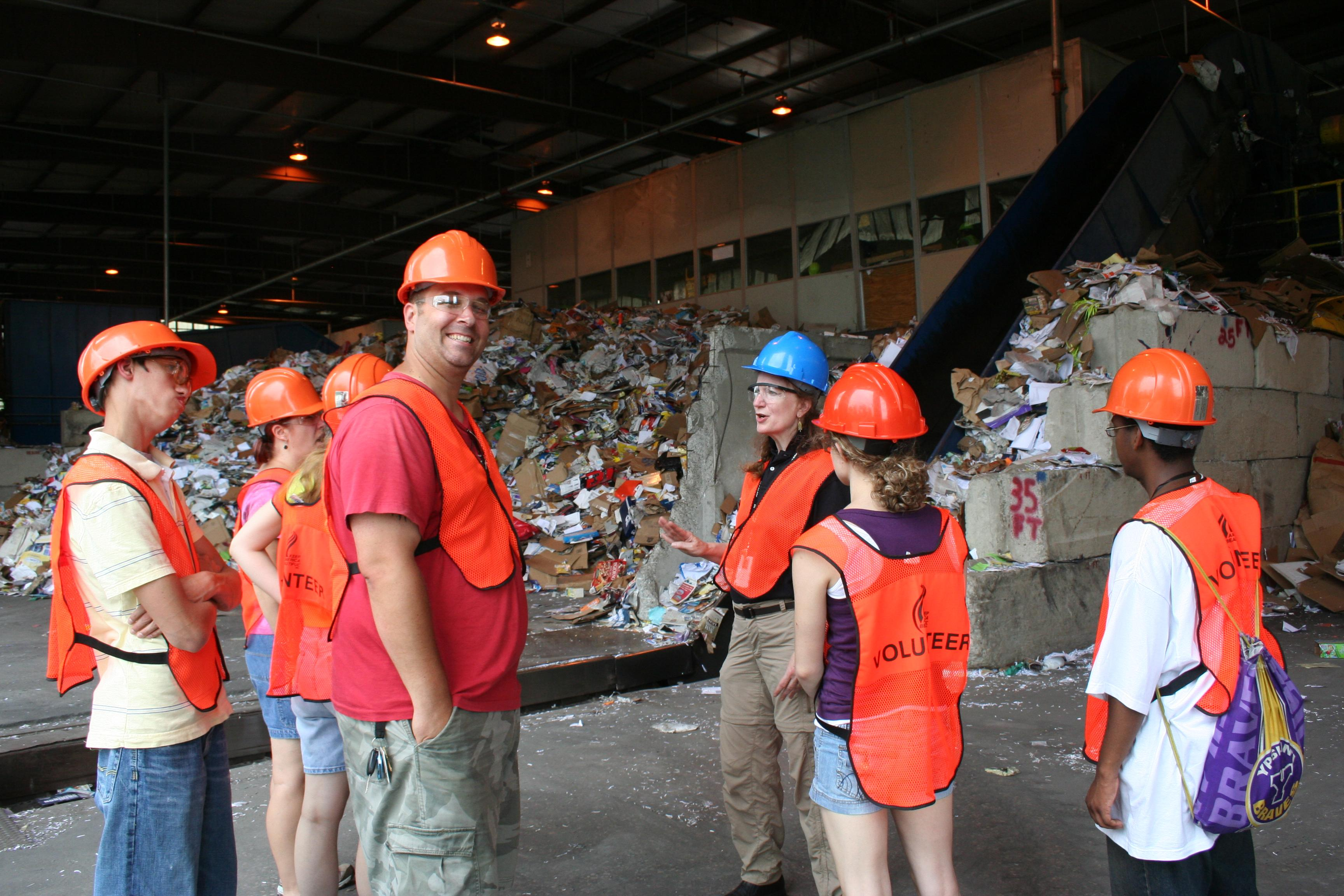 Environmental Science students visit Ann Arbor Material Recovery Facility.